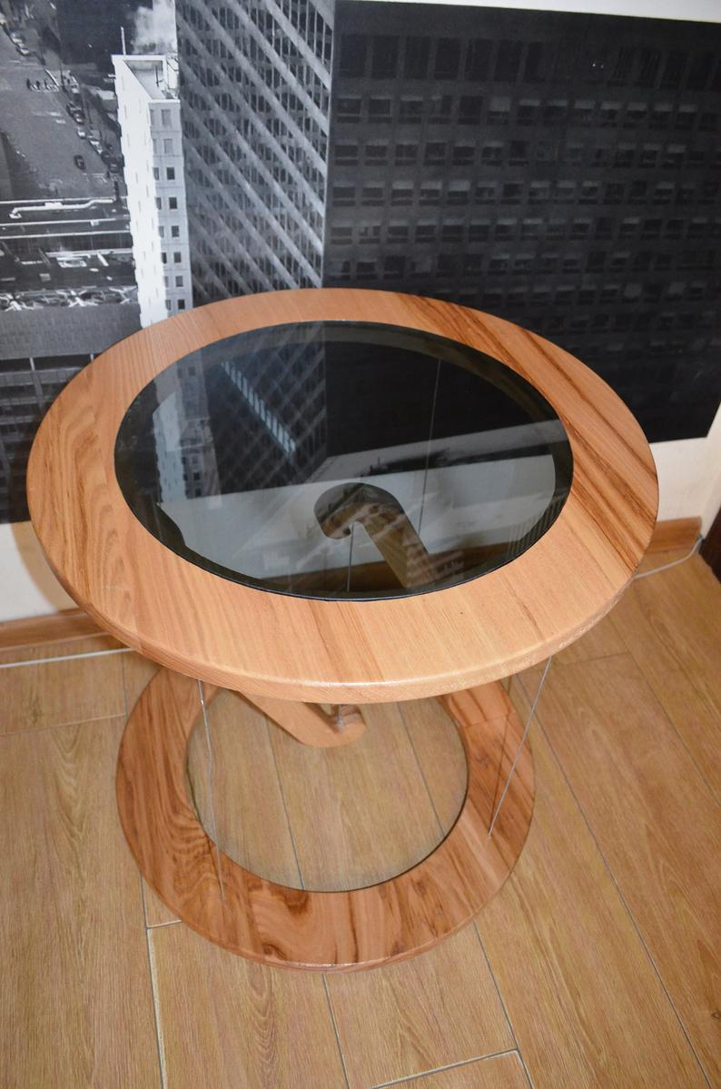 round impossible table