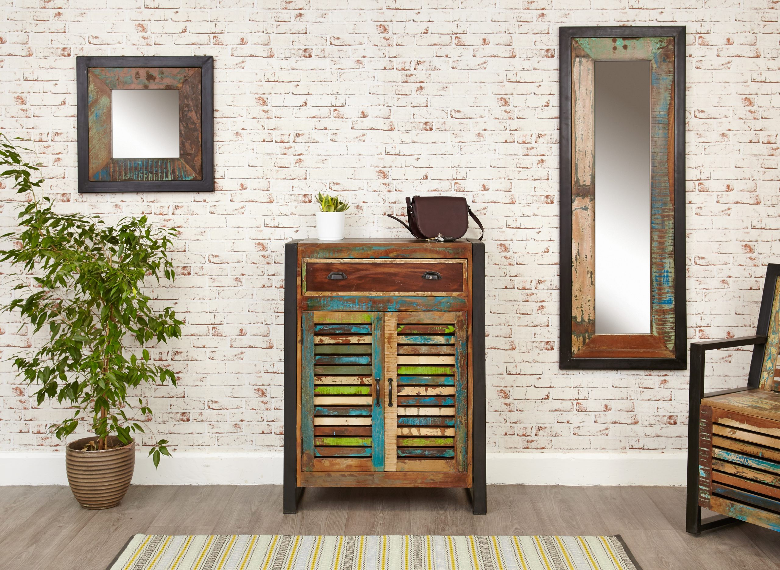 Shoe torage cupboard with drawer